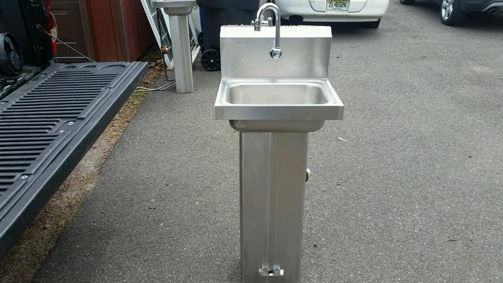Image Stainless Steel Hand Wash Sink 1092338