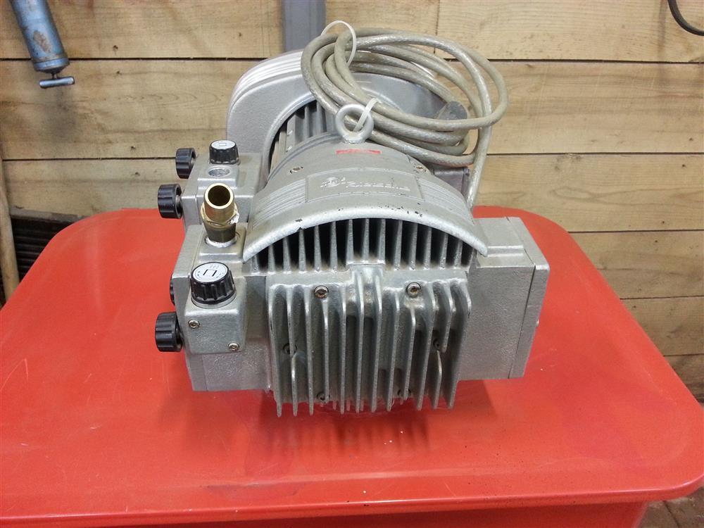 Image RIETSCHIE TR26DV70 Vacuum Pump 677282