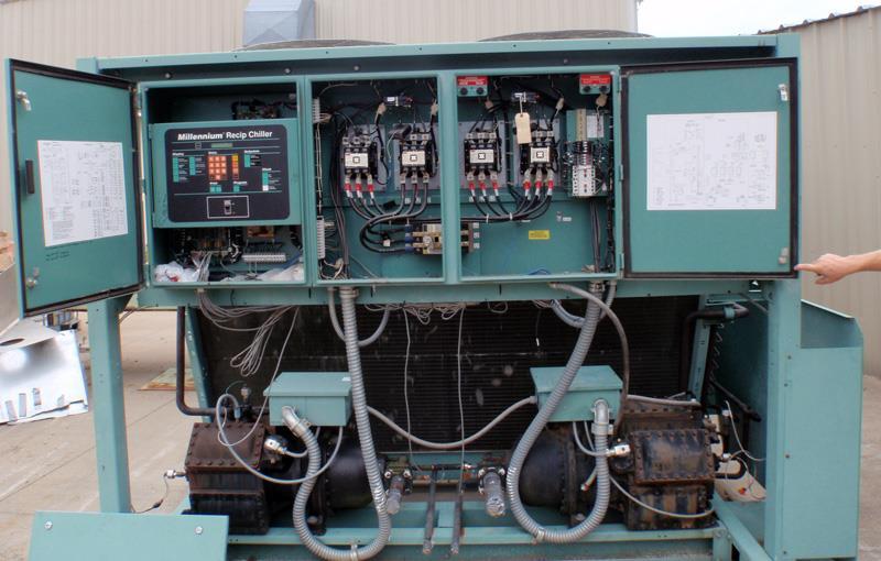 Image 75 Ton YORK YCUZ740B3-46PA Chiller 678372