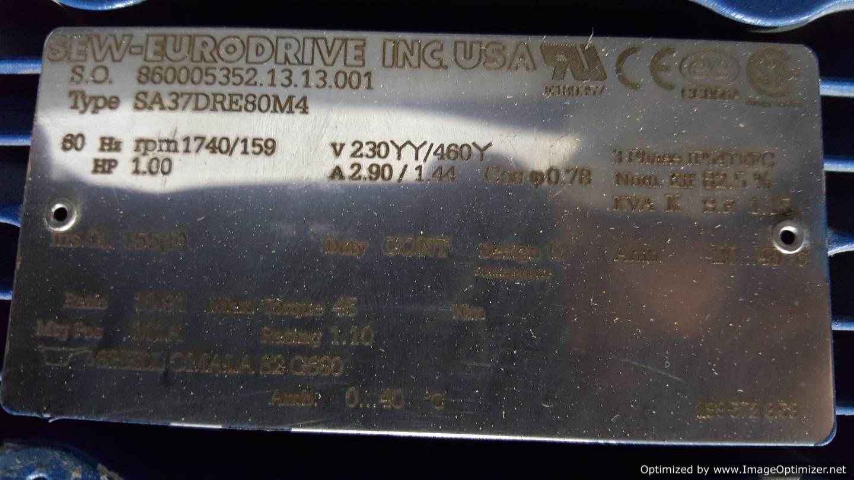 Image SEW EURODRIVE SA37DRE80M4 Gearmotor (3 Available) 678494