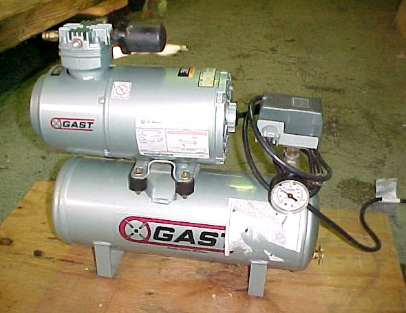 Image GAST Laboratory Oil Less Air Compressor 680687