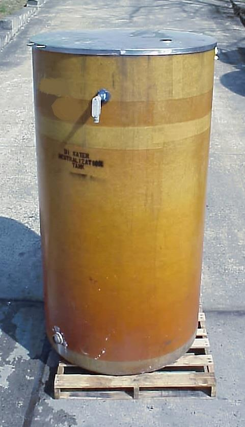 Image 425 Gallon Open Top Vertical Fiberglass Tank 759168