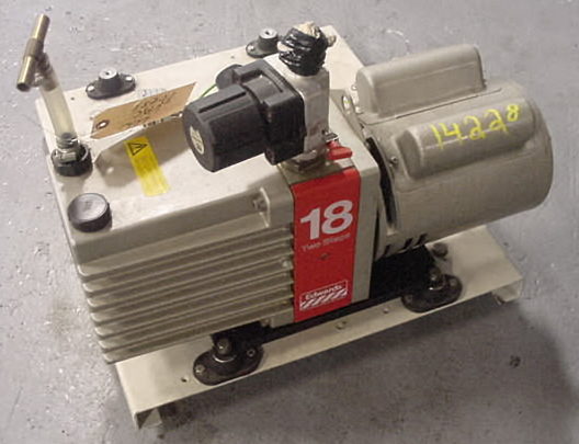 Image EDWARDS 18 Two Stage Vacuum Pump 680886