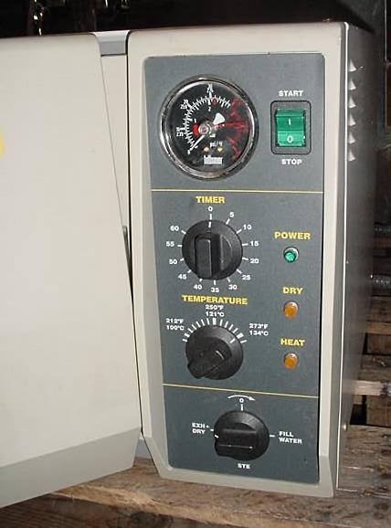 Image TUTTNAUER BRINKMANN Laboratory Table Top Sterlizer-Autoclave 1004704