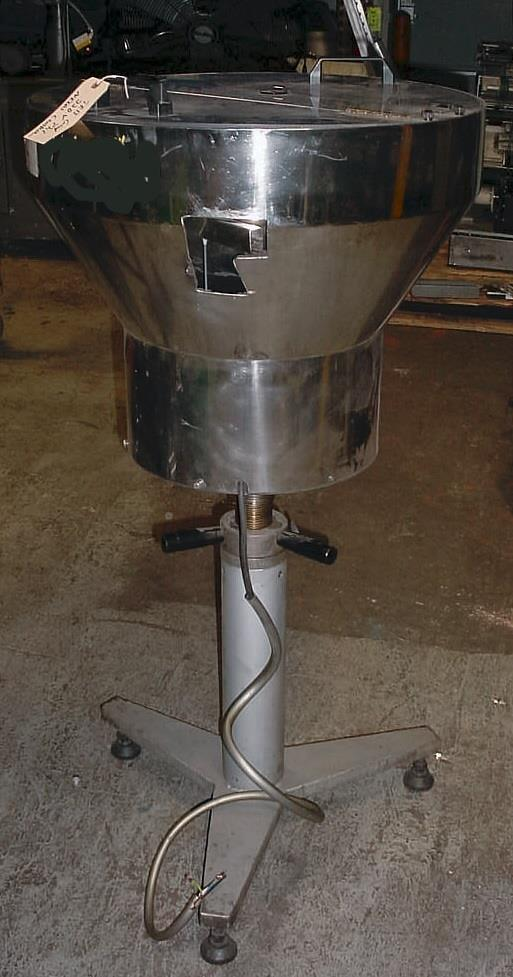 Image 21in Dia SCR Polished Stainless Steel Vibratory Bowl Feeder 681869