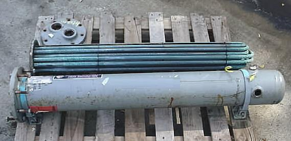 Image BELL AND GOSSETT Carbon Steel Shell And Copper Tube Heat Exchanger 681975