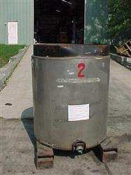 234069 - 350 Gal Stainless Steel Portable Tote Tank