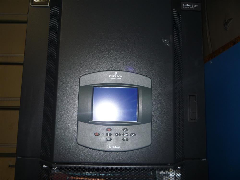 Image LIEBERT CRV 40 Self-Contained Row-Based Data Center Cooling 682095