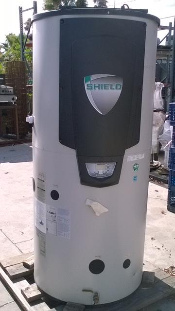 Image LOCHINVAR Shield Commercial Water Heater 686808
