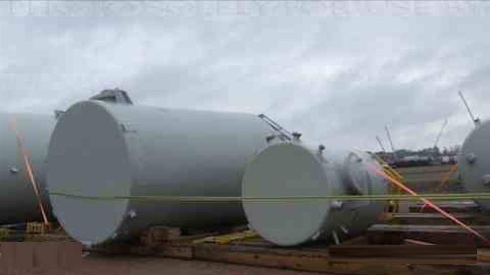 Image 1800 and 5500 Gallon Water Tanks (Lot of 2) 682643