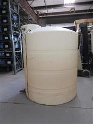 235744 - 1000 Gallon Vertical Tank