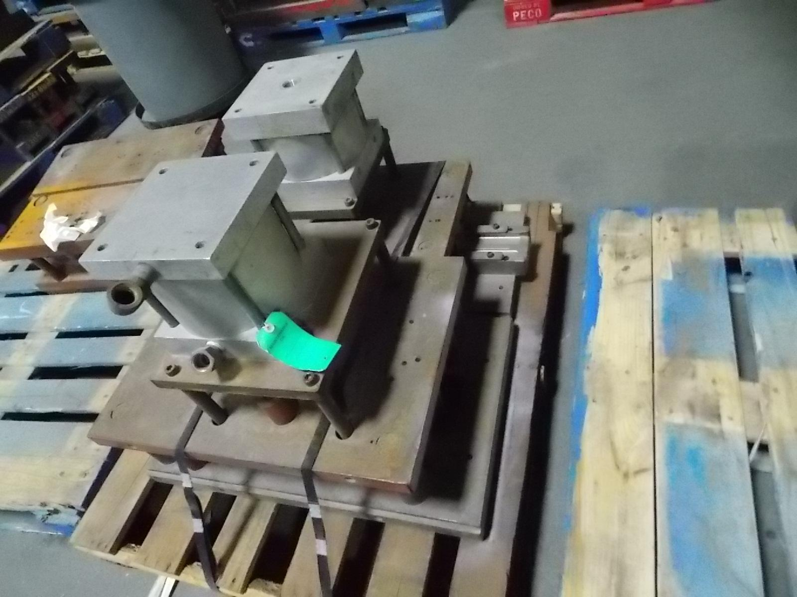 Cutting Press Dies With Cylinders