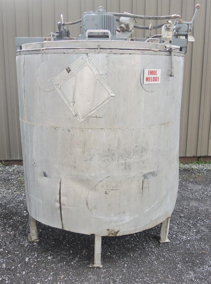Image 1080 GALLON (2 X 540 GALLON) Hydraulically Driven Mixing System 693022