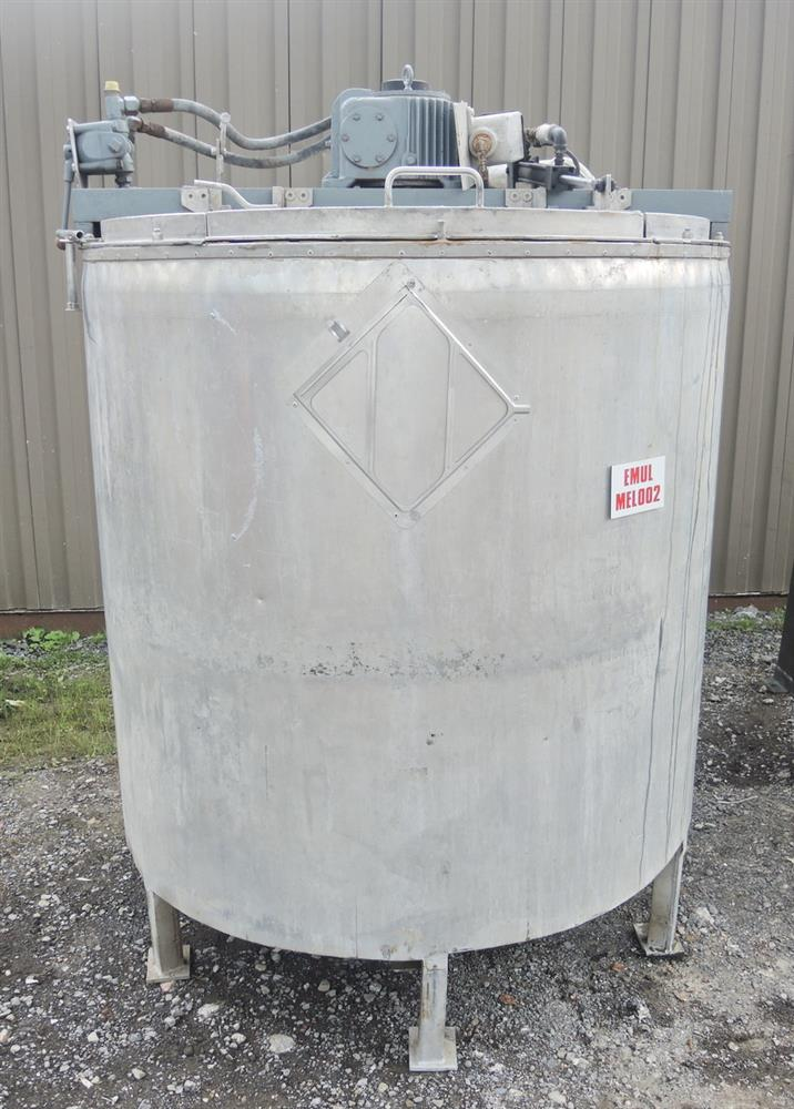 Image 1080 GALLON (2 X 540 GALLON) Hydraulically Driven Mixing System 693023