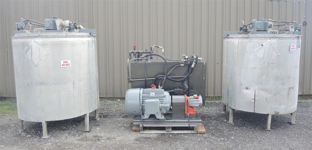 Image 1080 GALLON (2 X 540 GALLON) Hydraulically Driven Mixing System 693013