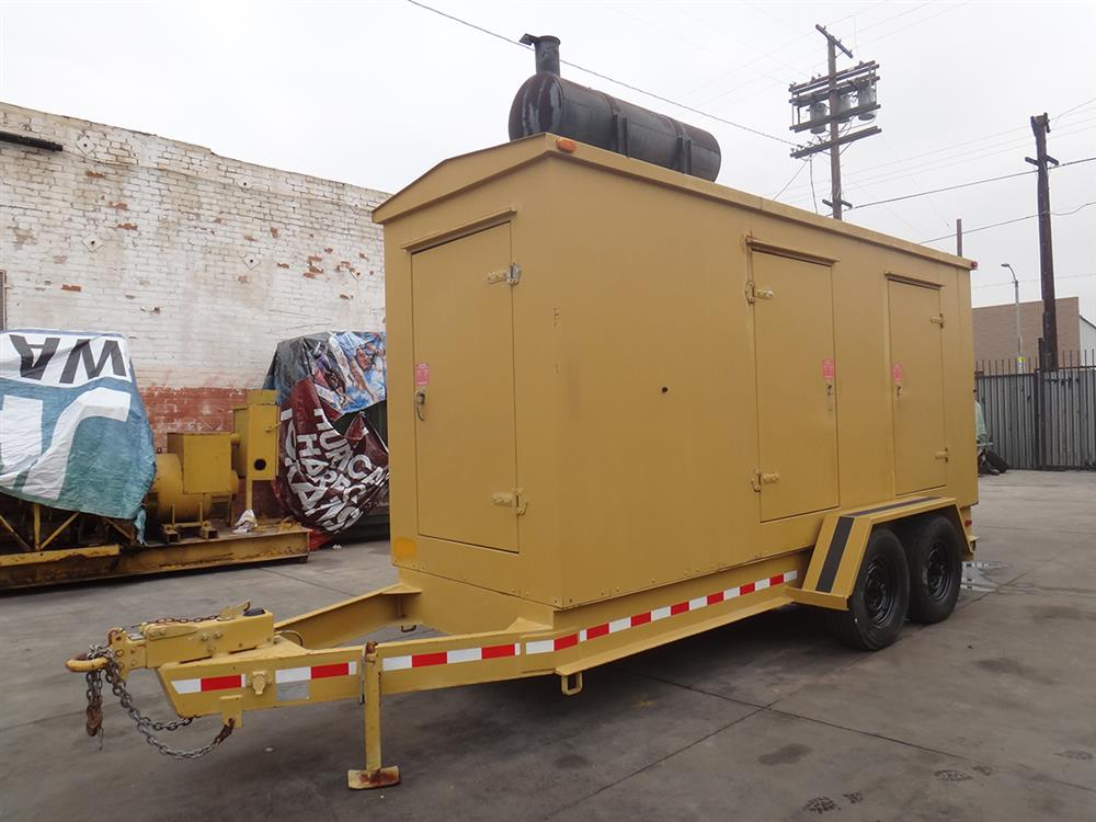 CATERPILLAR 250 KW Generator - Enclosed
