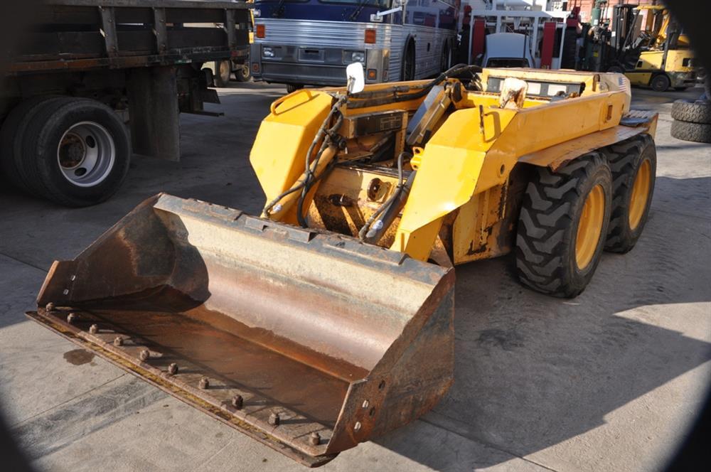 JOHN DEERE Skid Steer - 250154 For Sale Used N/A