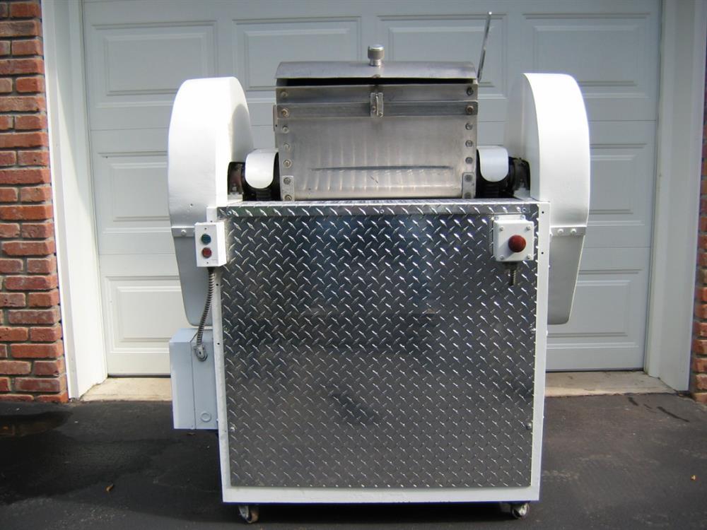 LOMBI Radial Arm Dough Mixer