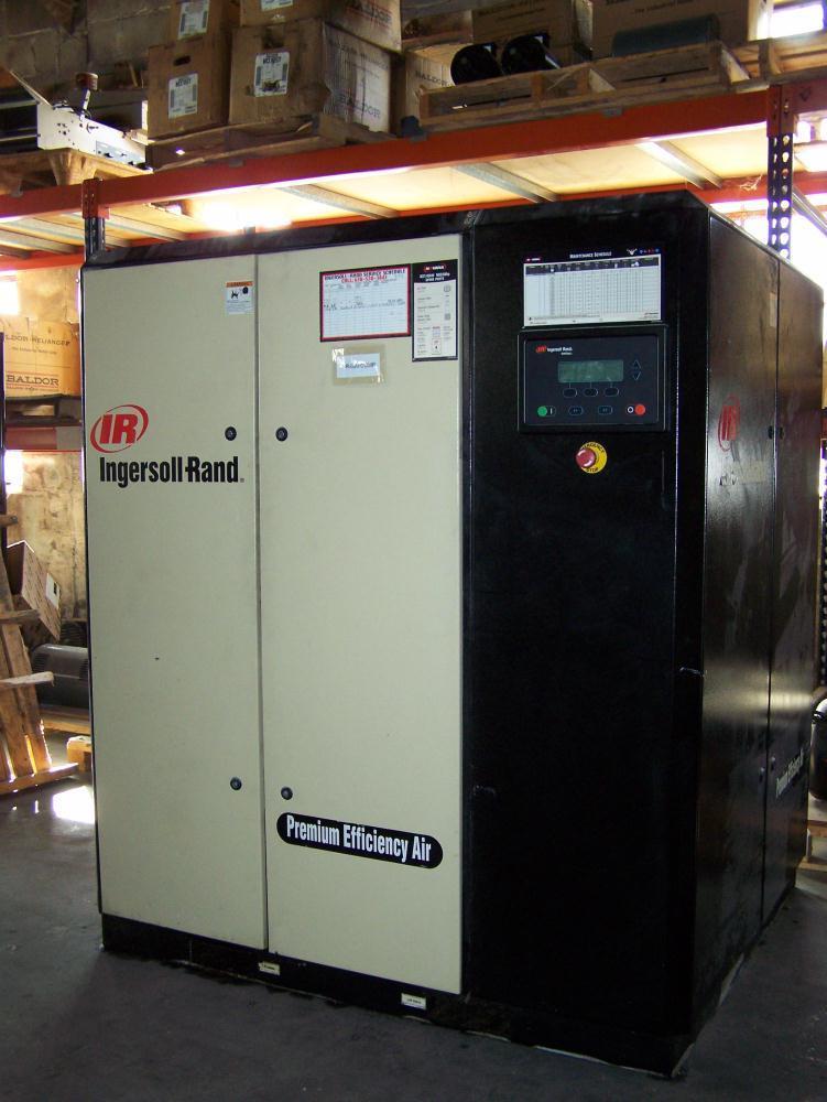 Trailed Compressor Ingersoll Rand P 180 WD Diesel