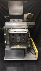 257914 - FEDCO Bakery Chocolate Melter-Temper with Agitator & Pump