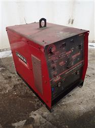 274899 - 275 AMP LINCOLN ELECTRIC SQUARE WAVE TIG 275 Welder