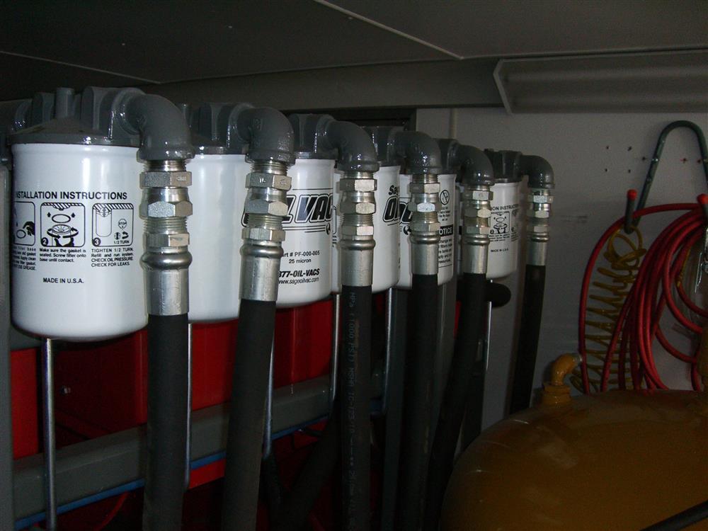 Image HAULMARK Mobile Oil Change Equipment 849184