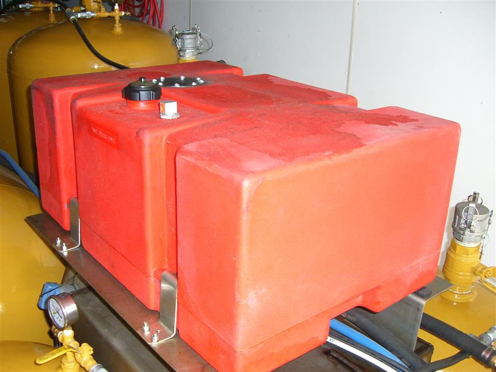 Image HAULMARK Mobile Oil Change Equipment 849185