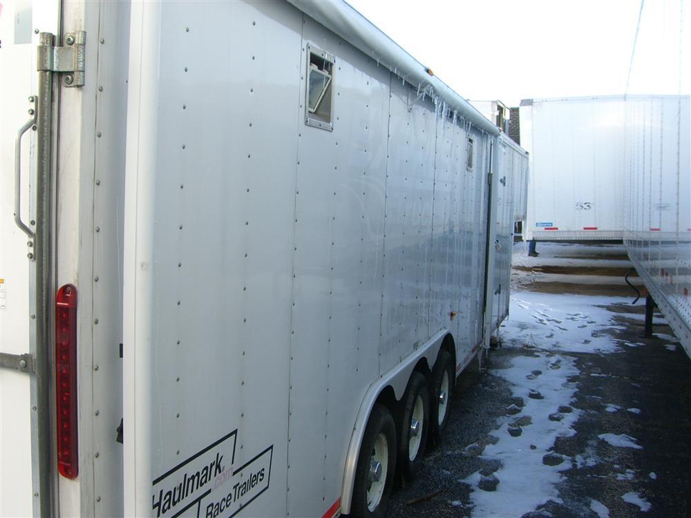 Image HAULMARK Mobile Oil Change Equipment 849170