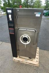 281905 - AMSCO E-3021-S1 Sterilizer