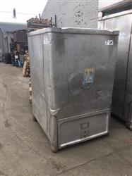 283040 - 500 gallon Stainless Tote-Tank