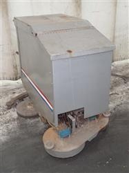 285715 - AMERICAN LINCOLN 523-085 Electric Floor Scrubber