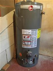 291650 - 40 Gallon RHEEM Water Heater - Gas