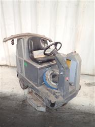 292079 - ADVANCE 3200 Floor Scrubber