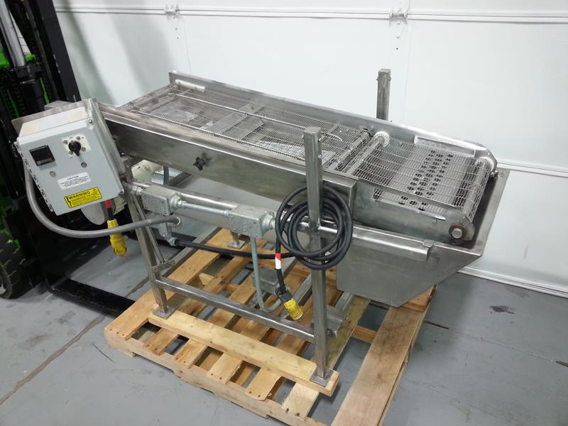 Enrobing Coating Cooling Conveyor - Heated Basin Hopper
