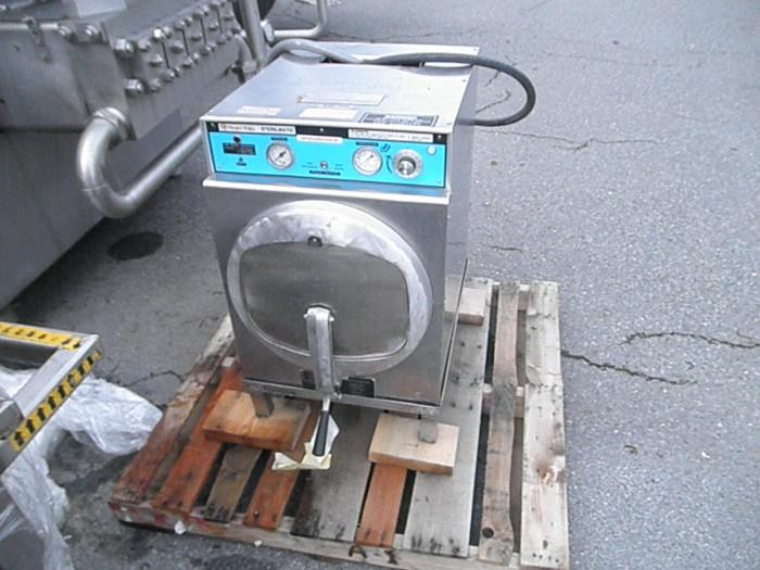 MARKET FORGE Autoclave - Model STME