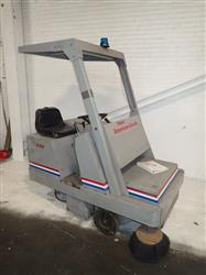 296473 - CLARKE AMERICAN-LINCOLN 576-427 Floor Sweeper