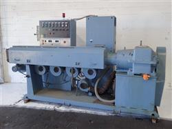 301056 - AKRON EXTRUDERS 3524 Extruder