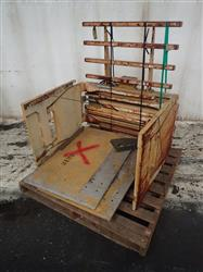 301326 - CASCADE 678856-P-30 Clamping Forklift Attachment