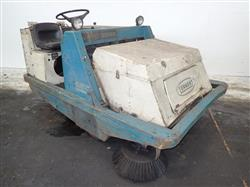 307773 - TENNANT 255 SERIES II Propane Floor Sweeper