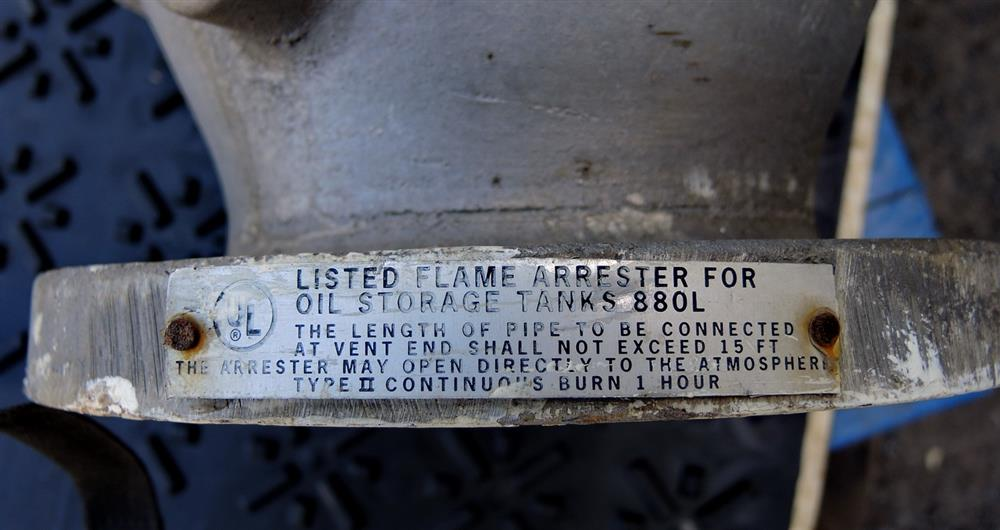 Image EMERSON Series 5400A Flame Arrester - Size 4in 975710