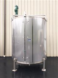 309077 - 2500 Gallon MUELLER Mixing Tank - Stainless Steel