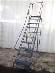 310136 - BALLYMOORE Portable Step Ladder