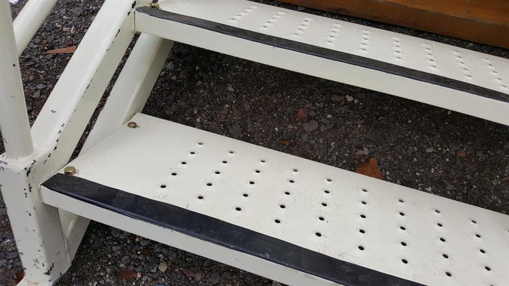 Image Steel Stair Case 991525