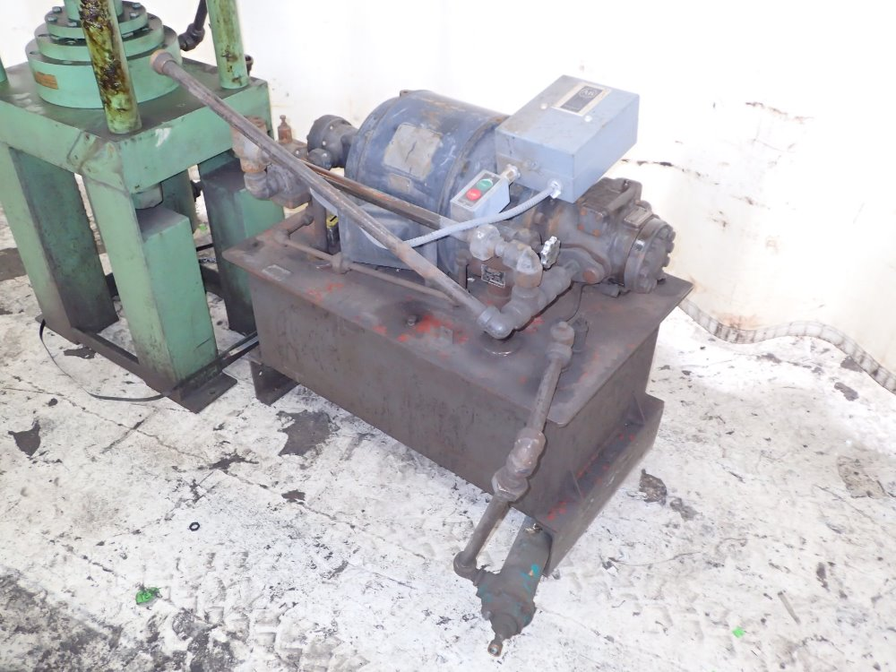 4 Post Hydraulic Press - 314012 For Sale Used N/A