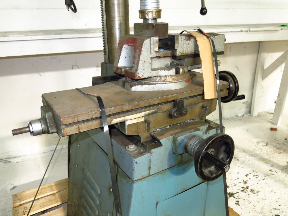 Image RONG FU RF-30 Vertical Mill 1014302