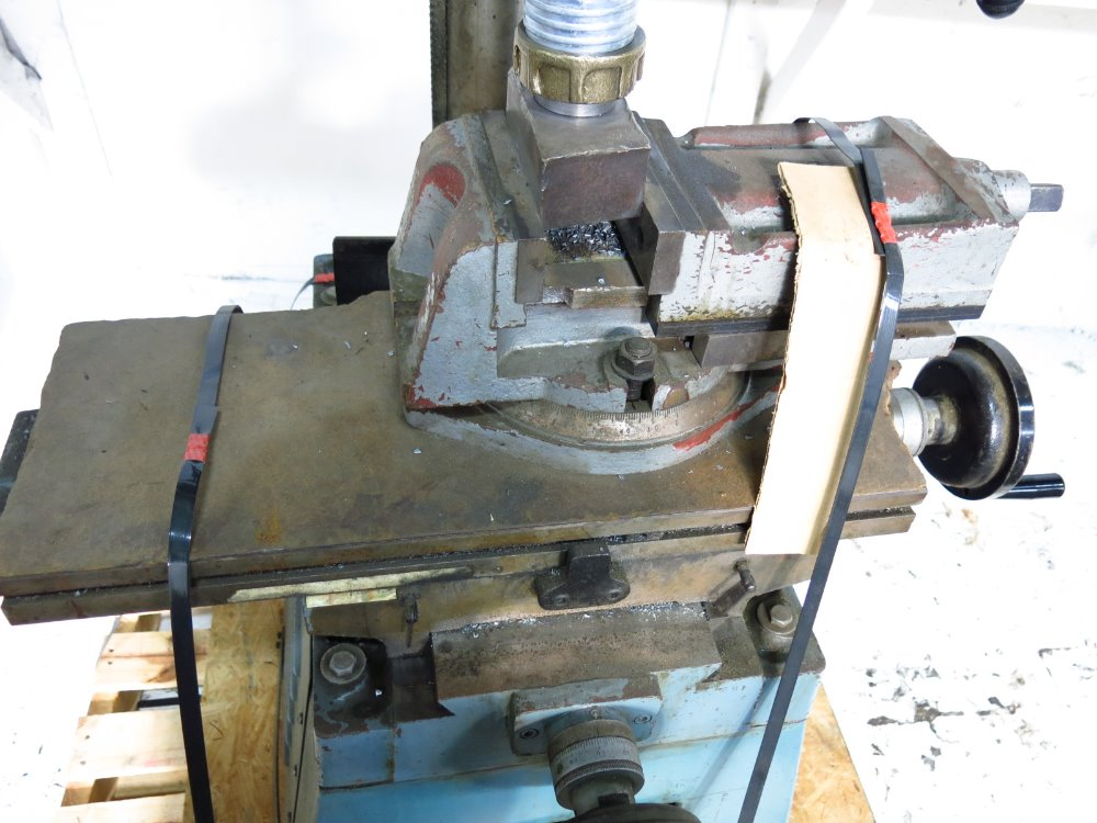 Image RONG FU RF-30 Vertical Mill 1014303