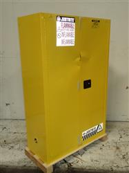320994 - JUSTRITE 894520 Flammable Cabinet