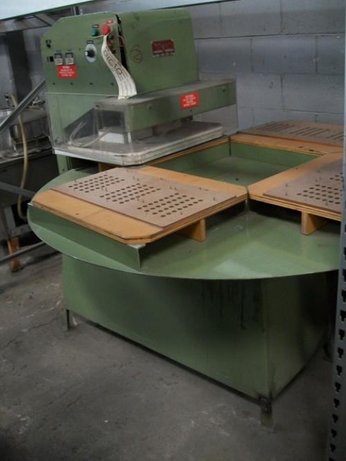 VISUAL THERMOFORMING ESDS4 Blister Sealer/Former