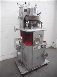 325511 - KILIAN RT114 Rotary Tablet Press