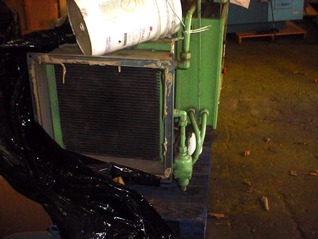 Image 40 HP SULLAIR Rotary Screw Air Compressor - 125 PSI 1058266